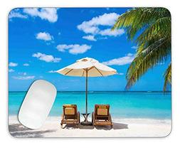 Idyllic White Beach in Front of The Turquoise Tropical sea M
