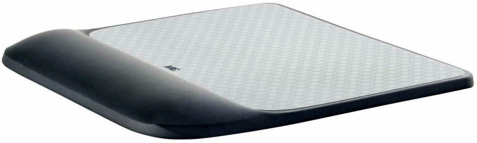 3M Precise Mouse Pad with Gel Wrist Rest, Soothing 3M Gel Te